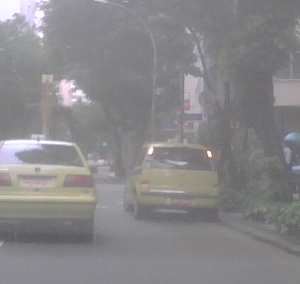 Taxista infringindo a lei